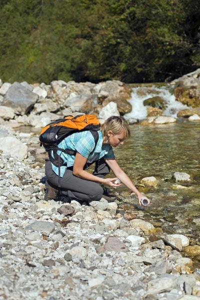 kobieta womane baba reka rece dlonie