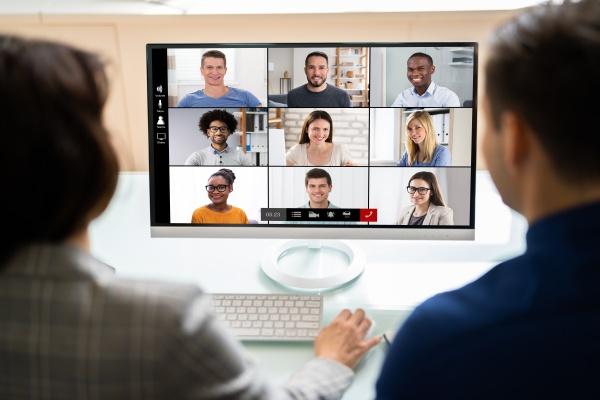 wideokonferencja online na tablecie