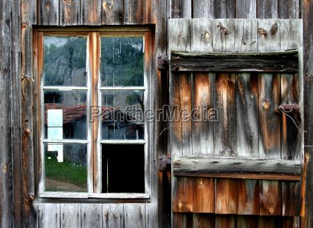okno szyby okno dachowe lufcik drewno