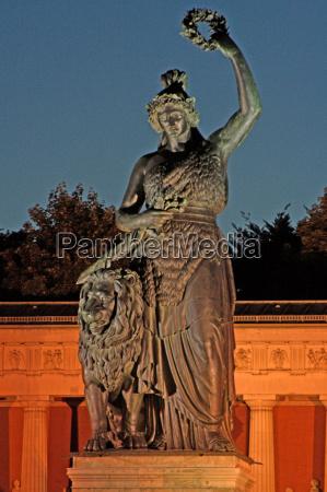 statula noc nocy bayern bawaria monachium