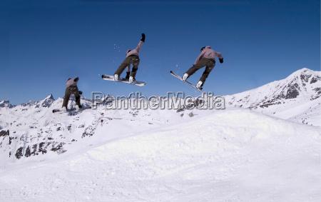 snowboardzistów - 250813