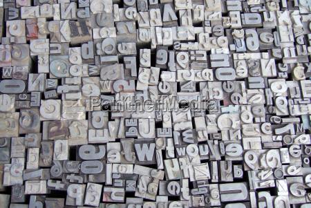 listy typu metalu