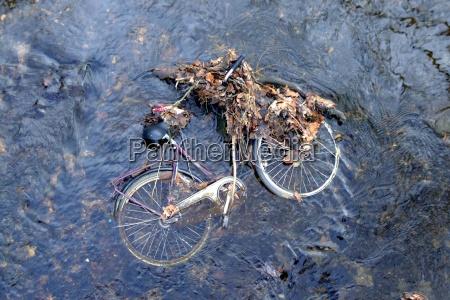 przyroda srodowisko chory metal nieaktualne ruszt