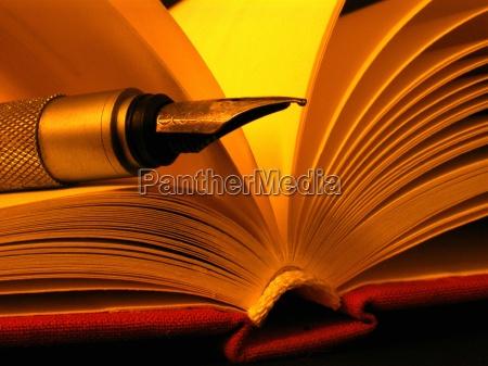 edukacja wyksztalcenie wychowanie sztuka ksiazki powiesc