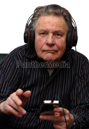 stary wiecej starsze senior dziadek muzyka