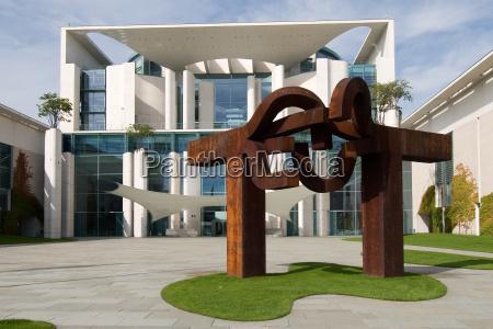 rzezba berlin plot fasada styl budowy