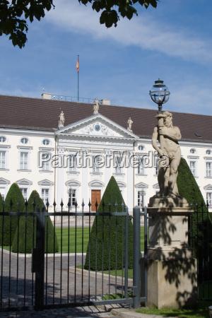 statula mur berlin fasada swietlowka lichtquelle