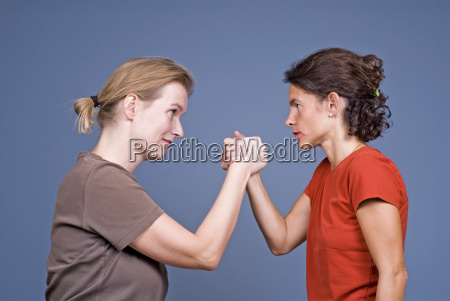kobieta womane baba rozmowa omowic przeciwienstwo