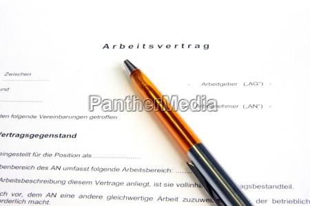 kontrakt zakontraktowane dlugopis podkladka udokumentowane umowa