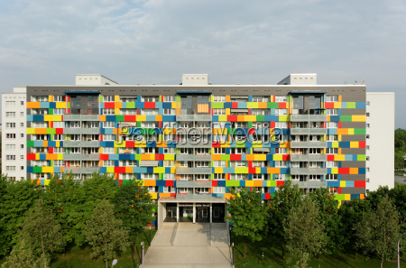 elewacja frontowa dom umiejetnie kolorowe
