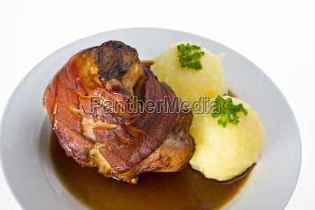 bavarian wieprzowa z kopytkami
