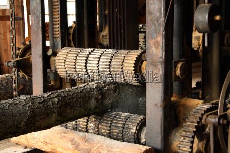 drzewo maszyna naped silnik triebwerk drewno