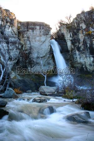 potok strumyk wodospad argentyna sturz upadek