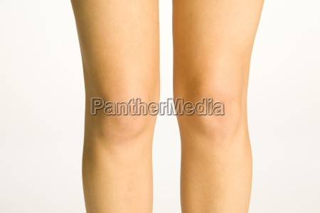 young womans knees