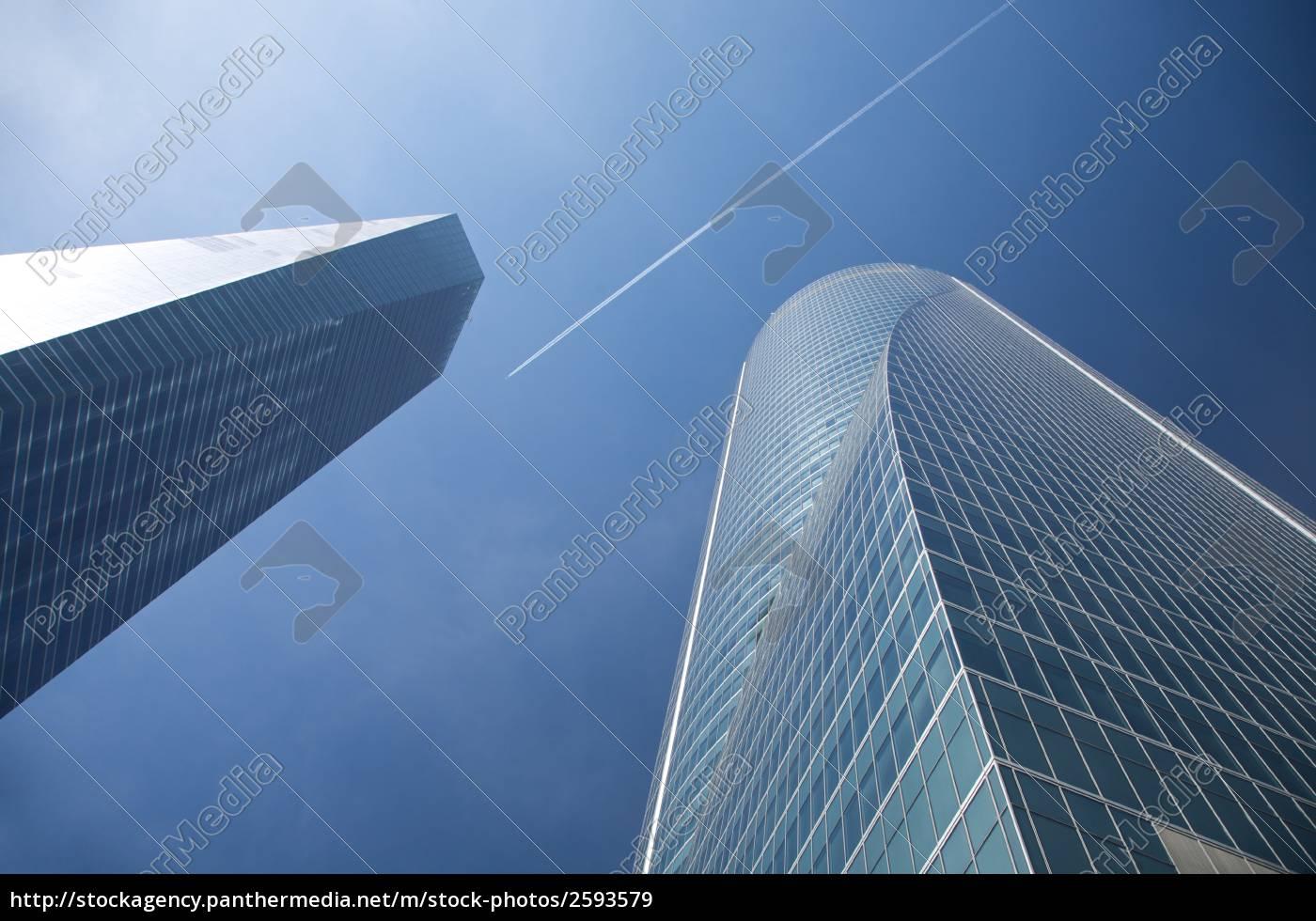 latanie, między, wieżowce - 2593579