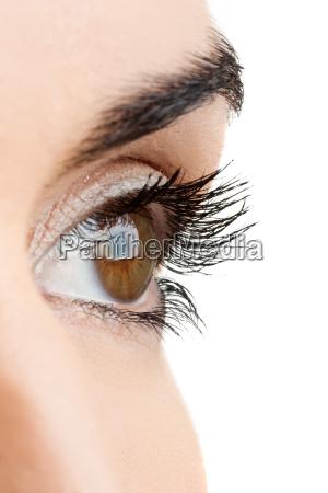 brazowe oczy