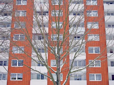 hochhausfassade in kiel germany