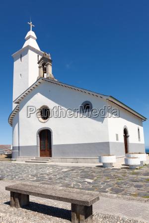 kosciol luarca asturias hiszpania