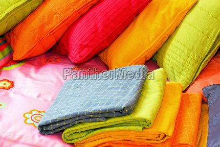 kolor posciel poduszki kolorowania kolorowe bettend
