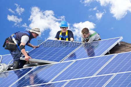 instalacja paneli slonecznych