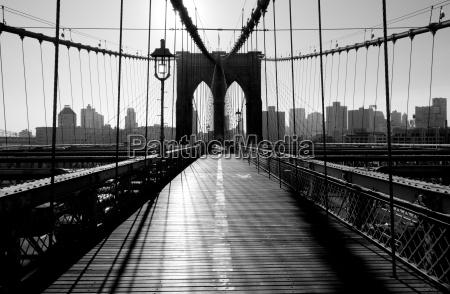 brooklyn bridge manhattan nowy jork usa