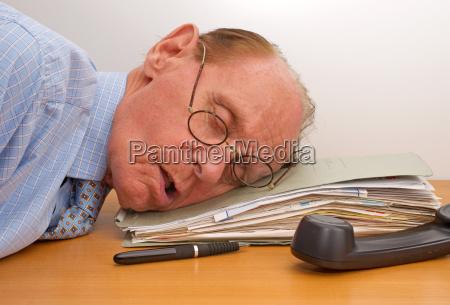wyczerpanie w biurze burnout w biurze