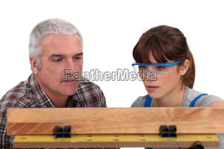carpenter i praktykant kobiet