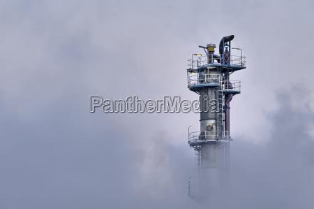 wieza przemyslowo pary para zanieczyszczenia pojawic
