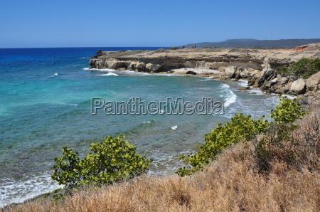 caribbean sea to the cuban coast