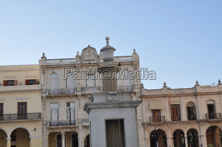 buildings from the colonial period in
