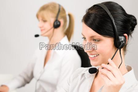 obsluga klienta kobieta call center sluchawka