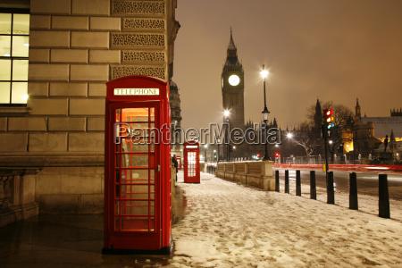 london telephone booth i big ben