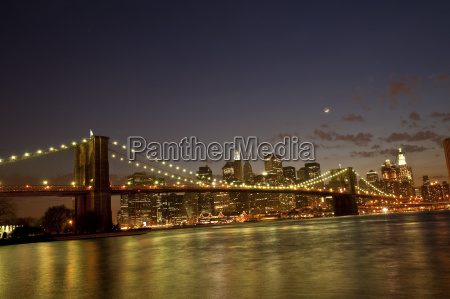 brooklyn bridge by twilight