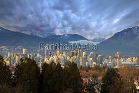 vancouver bc city skyline z gory