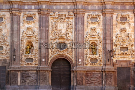 santa isabel church zaragoza spain outdoor