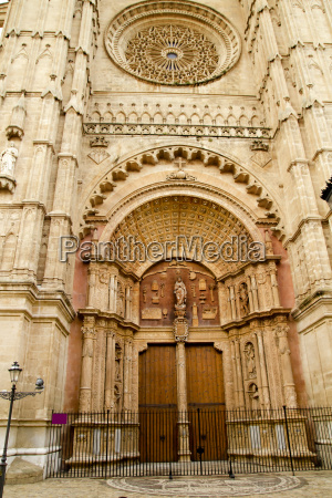 cathedral of majorca main door in