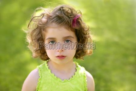 beautiful brunette blue eyes little girl