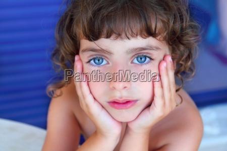 beautiful blue eyes little girl portrait
