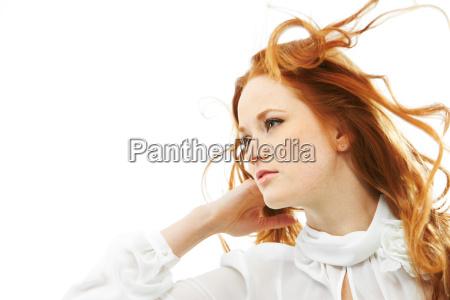 rudowłosa, kobieta - 7074433