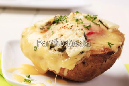 podwojne sera dwukrotnie pieczony ziemniak