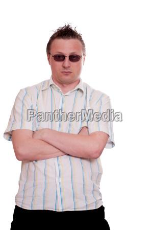 wlosy okulary sehhilfe uczesanie koszula arogancja