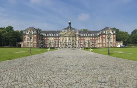 pomnik niemcy republika federalna palac uniwersytet
