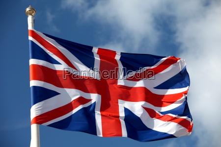 british flag macha na wietrze
