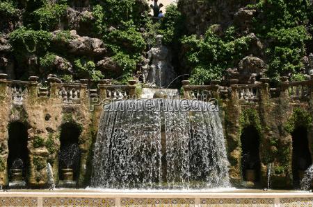 park gartenanlage fontanna malowniczo italy wlochy