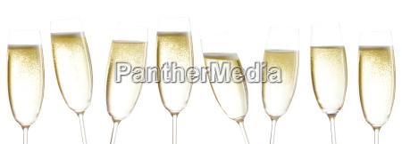 kieliszki do wina musujacego