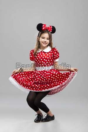 mala dziewczynka z carnival custome