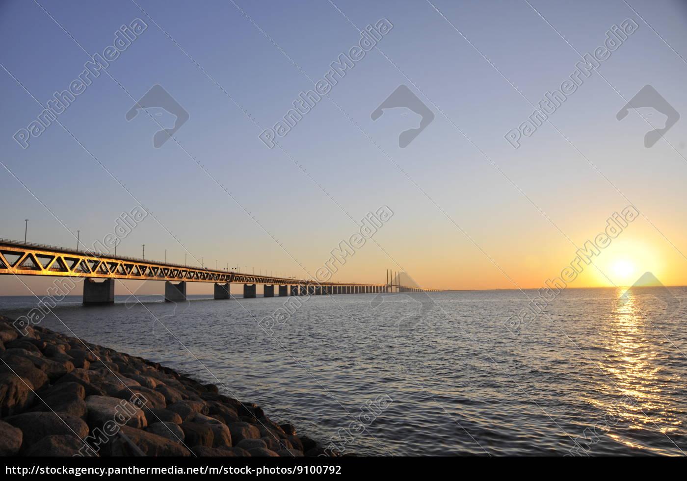 most, przez, cieśninę, sund, słońca - 9100792