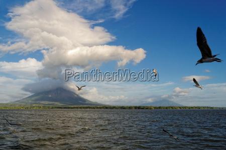 Lacinski wulkany nikaragua wyspa