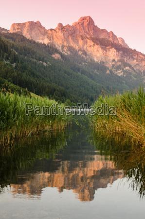 gory jezioro gorskie masyw gora aqua
