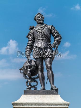 pomnik statula anglia pirat freibeuter